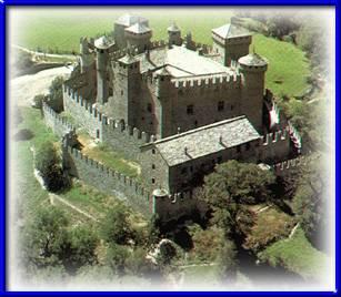 veduta del castello di fènis